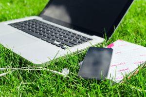 Otthoni munka, online munka, távmunka